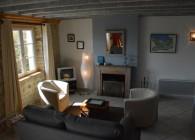 Côté salon cheminée Etable